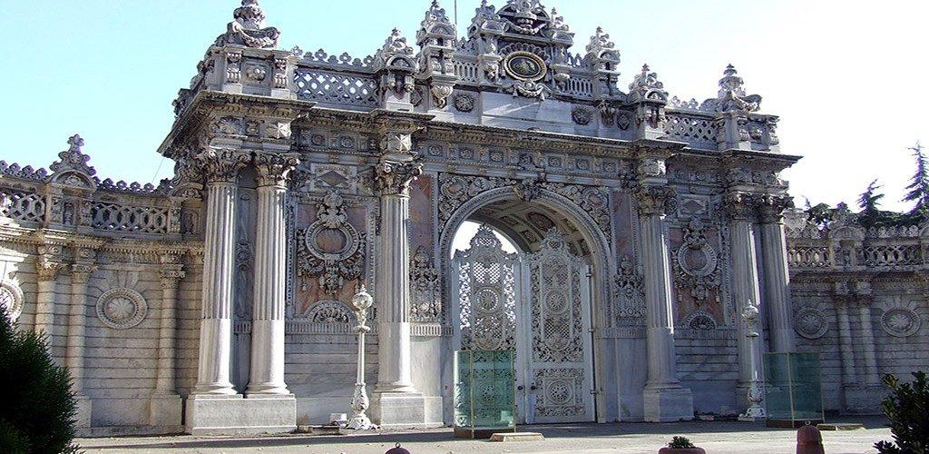 barok-mimari-ornekleri-1024x500